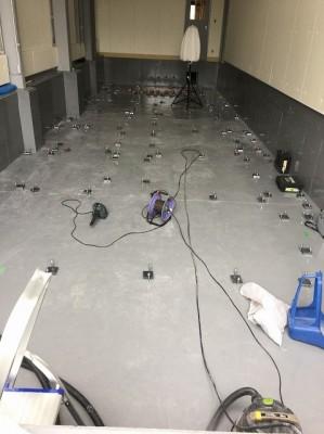 電気室床工事